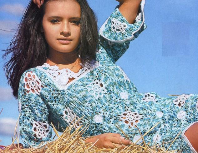 négyzetekből horgolt ruha
