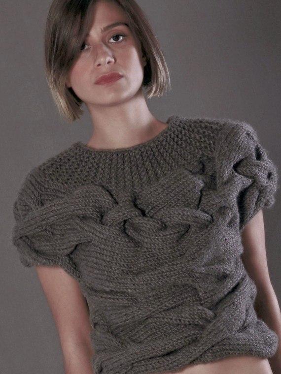 kötött divatos pulóver