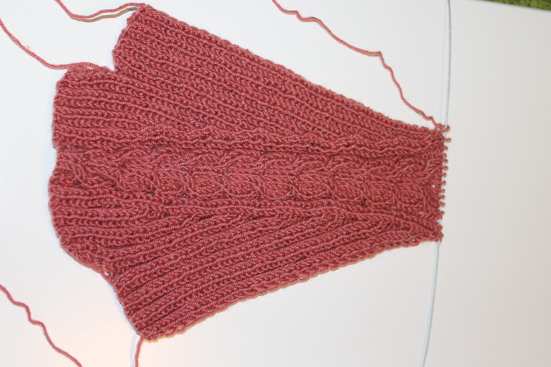 Mamusz (zokni) kötése két tűvel