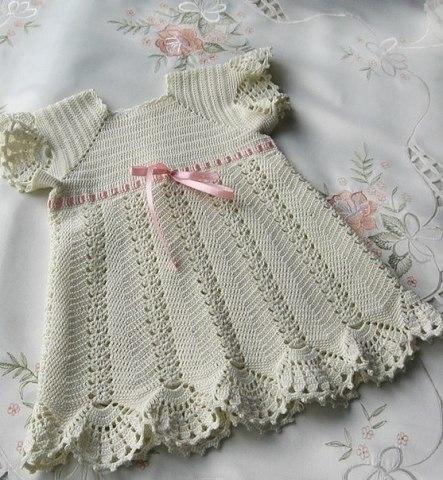Horgolt keresztelő ruha